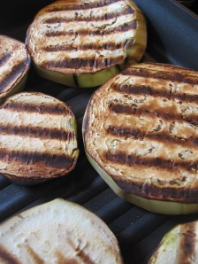 Grilled eggplant using grill pan