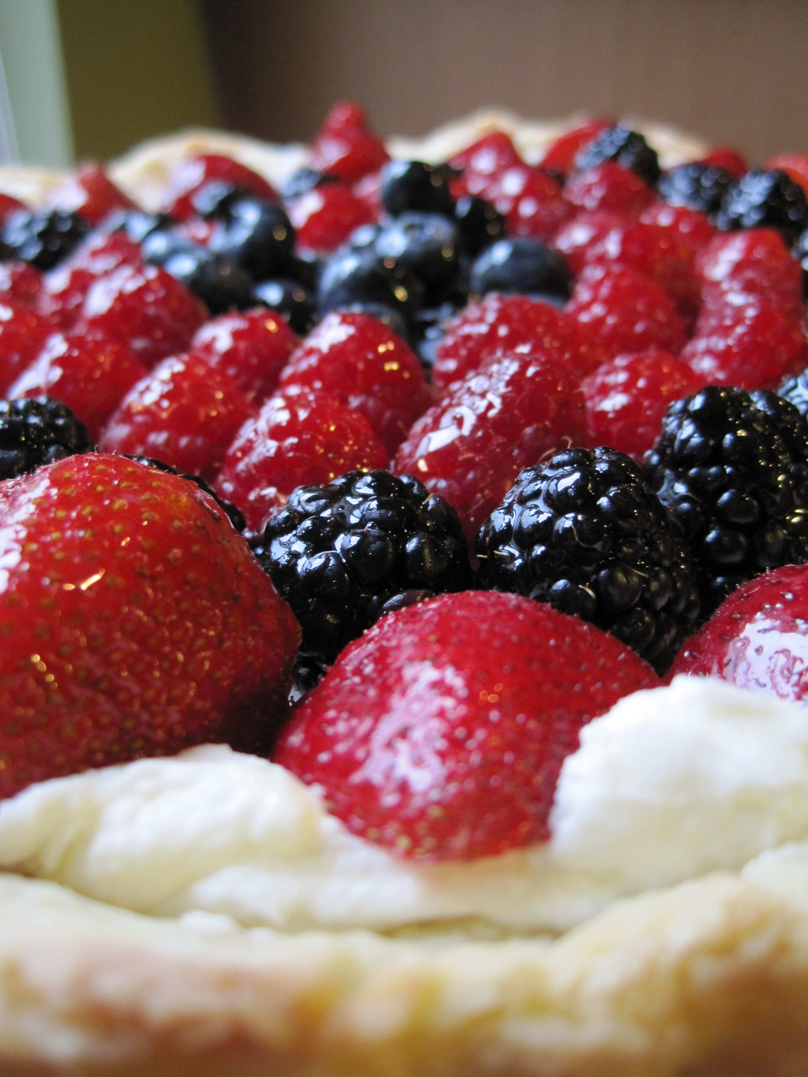 Berry Tart with Mascarpone Filling | Minced