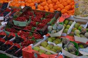 Fruit at Rue Cler