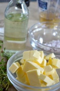 Cubed butter, shallots, white wine and lemon thyme