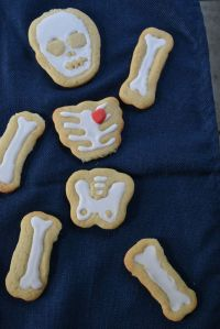 Skeleton Cookie with Heart