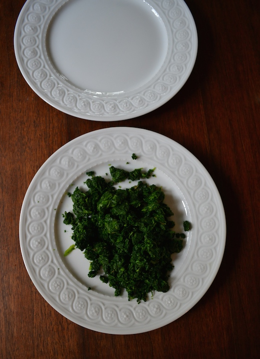 Easy way to drain spinach