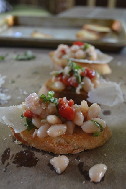 White Bean Bruschetta – Minced