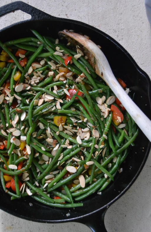 Sauteed Haricots Verts with Bell Peppers and Almonds