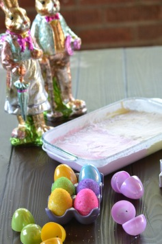 Marshmallow Easter Eggs (www.mincedblog.com)