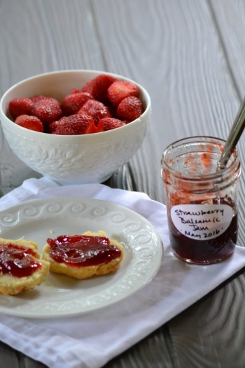 Strawberry and Balsamic Jam (www.mincedblog.com)