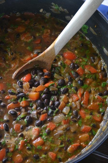 Easy Black Beans (www.mincedblog.com)